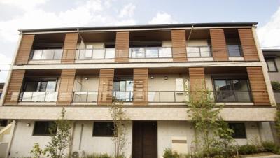 「2021年10月上旬入居開始の新築賃貸アパートです」
