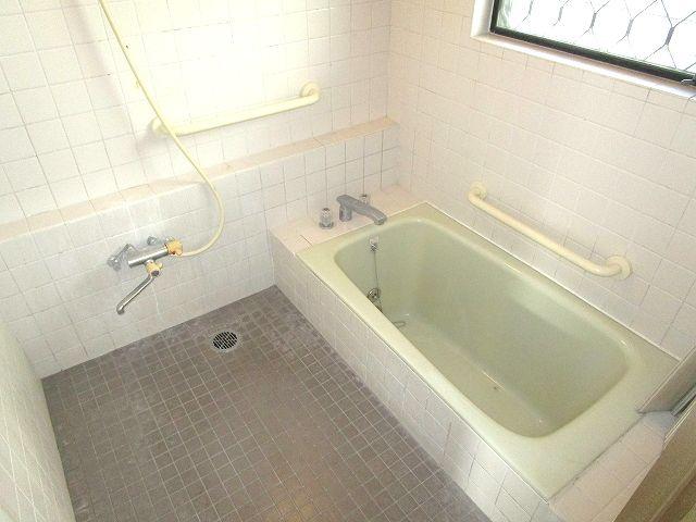 【浴室】西区生松台3丁目戸建