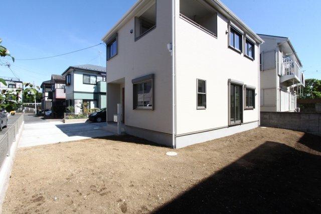 平塚市山下第8 全1棟。こだわりの新築分譲住宅。完成済みにてご内覧いただけます◎いつでもお気軽に、お問い合わせお待ちしております。