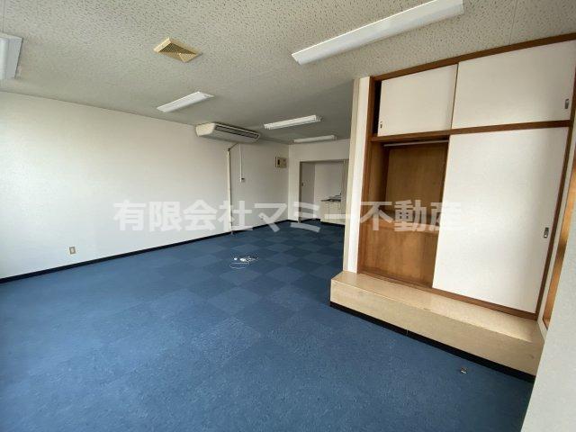 【内装】九の城町事務所T