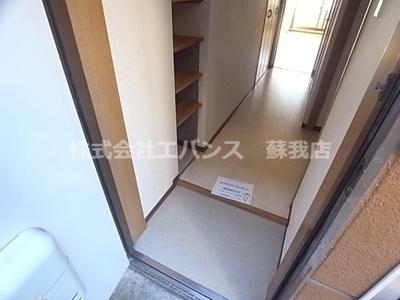 【玄関】ランドフォレスト千葉白旗