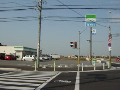 ファミリーマート安城大岡町店まで711m