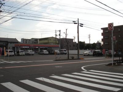 サークルK安城井杭山町店まで921m