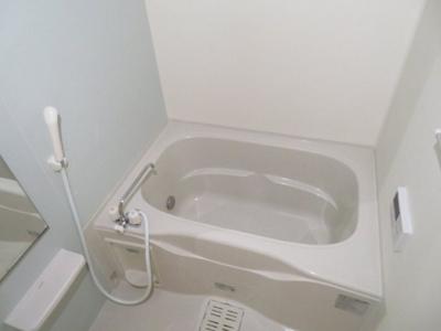 【浴室】ジャルダンD