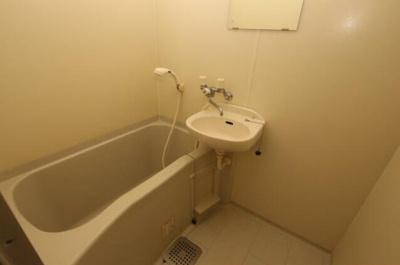【浴室】サル・ド・セジュールⅢ