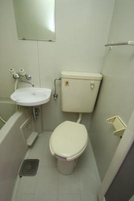 【トイレ】ガーデンタマガワ