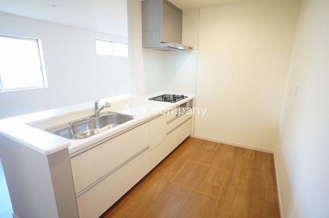 トイレは1階と2階の各階に完備です☆