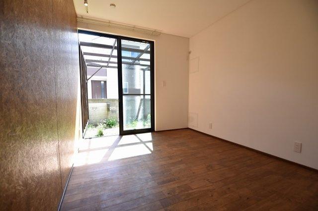 1階、洋室①
