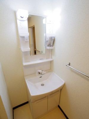 ◎同タイプ参考 忙しい朝に便利な洗面台です。
