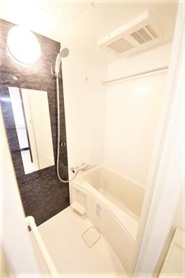 【浴室】エグゼ難波南Ⅵ