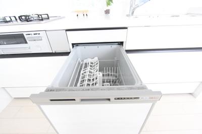 ~自然光のみでの撮影~ 食器洗浄乾燥機付きでお片付けも楽々♪
