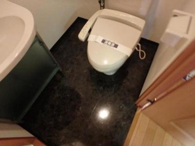 【トイレ】ガラ・ステージ芝公園駅前