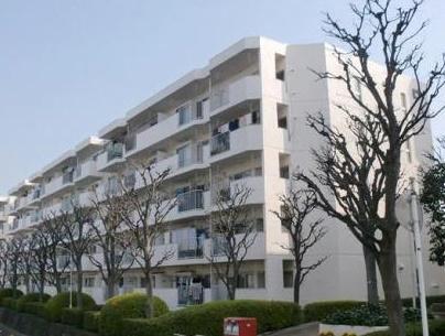 5階建て3階部分の東向き 新規内装リノベーション 安心のアフターサービス保証付き