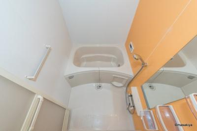 お風呂 追い焚き・浴室乾燥機付きです。