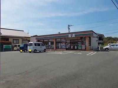 セブンイレブン玉名山田店まで800m