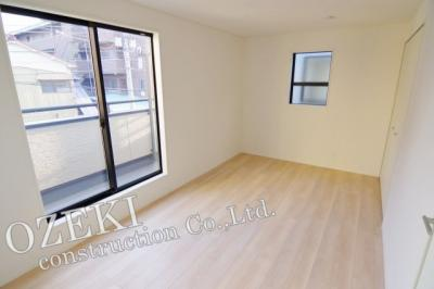【洋室】2号棟 クレイドルガーデン 越谷市北越谷1丁目新築戸建て 全2棟