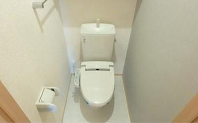 【トイレ】ロイヤルティアラⅢ