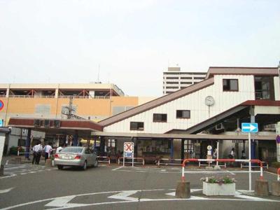 JR高崎線鴻巣駅まで1,000m