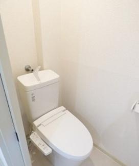 【トイレ】秋田県由利本荘市薬師堂谷地一棟アパート