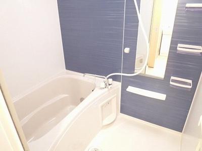 【浴室】Maiden Voyage