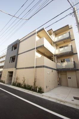 「2021年9月竣工の新築分譲賃貸マンションです」