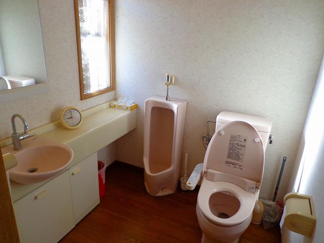 カーポート付2台分の駐車場です。