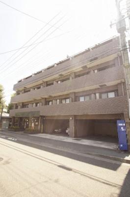 東急池上線「池上」駅より徒歩7分の分譲賃貸マンションです。
