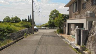 【前面道路含む現地写真】阪急電車 中山観音