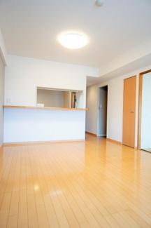 和室の引き戸をフルオープンにして、広々とした空間としてもお使いいただけます