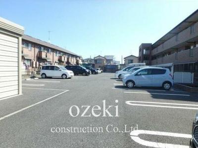 【駐車場】サニーヴィレッジ