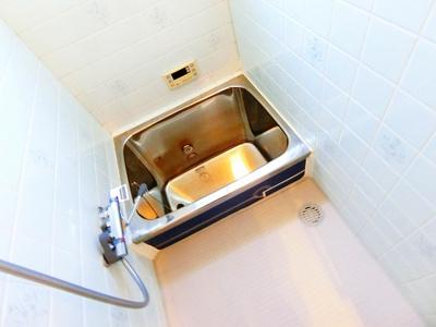 【浴室】諏訪ノ森貸戸建