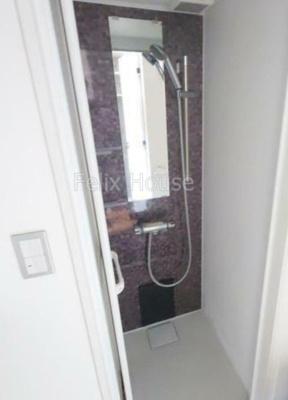 【浴室】エマーレ練馬高野台