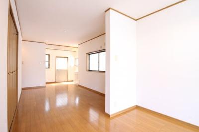 【居間・リビング】高丸7丁目連棟戸建