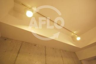 大阪プレステージアコモデーション(SOHO)間接照明付き