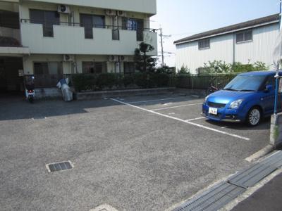 【駐車場】クレストコート