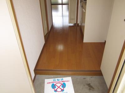 【玄関】クレストコート