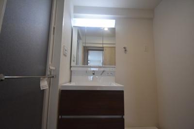【独立洗面台】閑静な住宅街にたん誕生した新築物件 カーサ麻布 ル・グラン