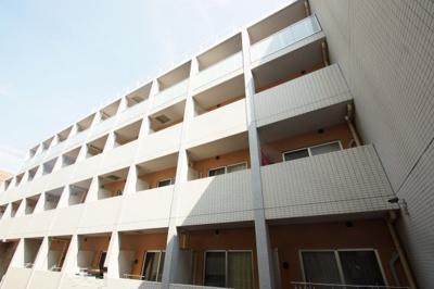 東急多摩川線「武蔵新田」駅より徒歩8分の分譲賃貸マンションです。