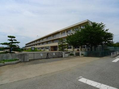 伊勢崎市立あずま南小学校まで800m