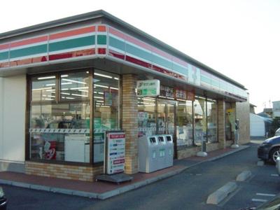 セブンイレブン伊勢崎東小保方町店まで1,612m