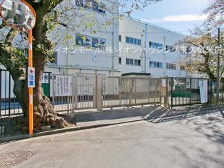 西東京市立田無第三中学校(約701m)