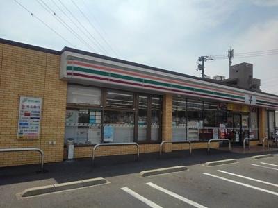 セブンイレブン岡田1丁目店まで4m
