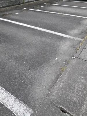 【駐車場】アムール・ハザカB