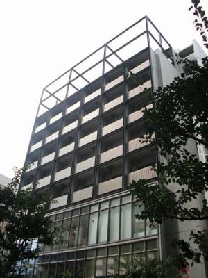JR川崎駅徒歩4分の駅近マンションです。