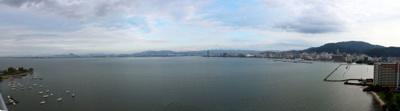 ベランダからの琵琶湖パノラマビュー