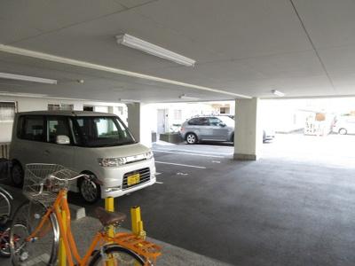 【駐車場】サンピア茨木