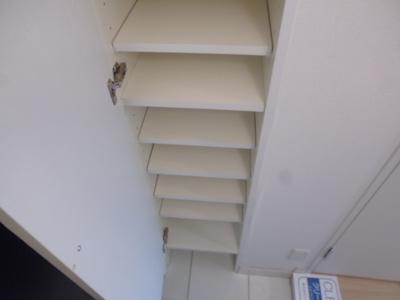 【玄関】アジールコート中野坂上