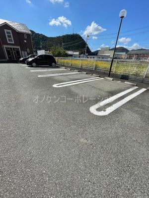 【駐車場】サザンリーフB
