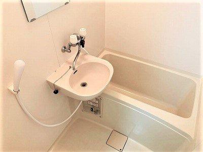 【浴室】レオパレス八原