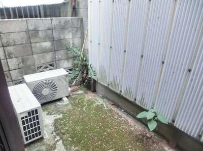 【庭】メゾン千石椎名町